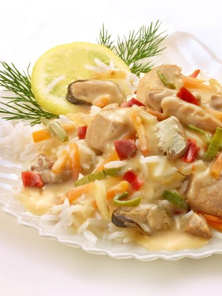 Fischtopf in Senf-Dill-Sauce