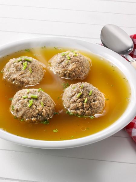 Leberknödel-Suppe